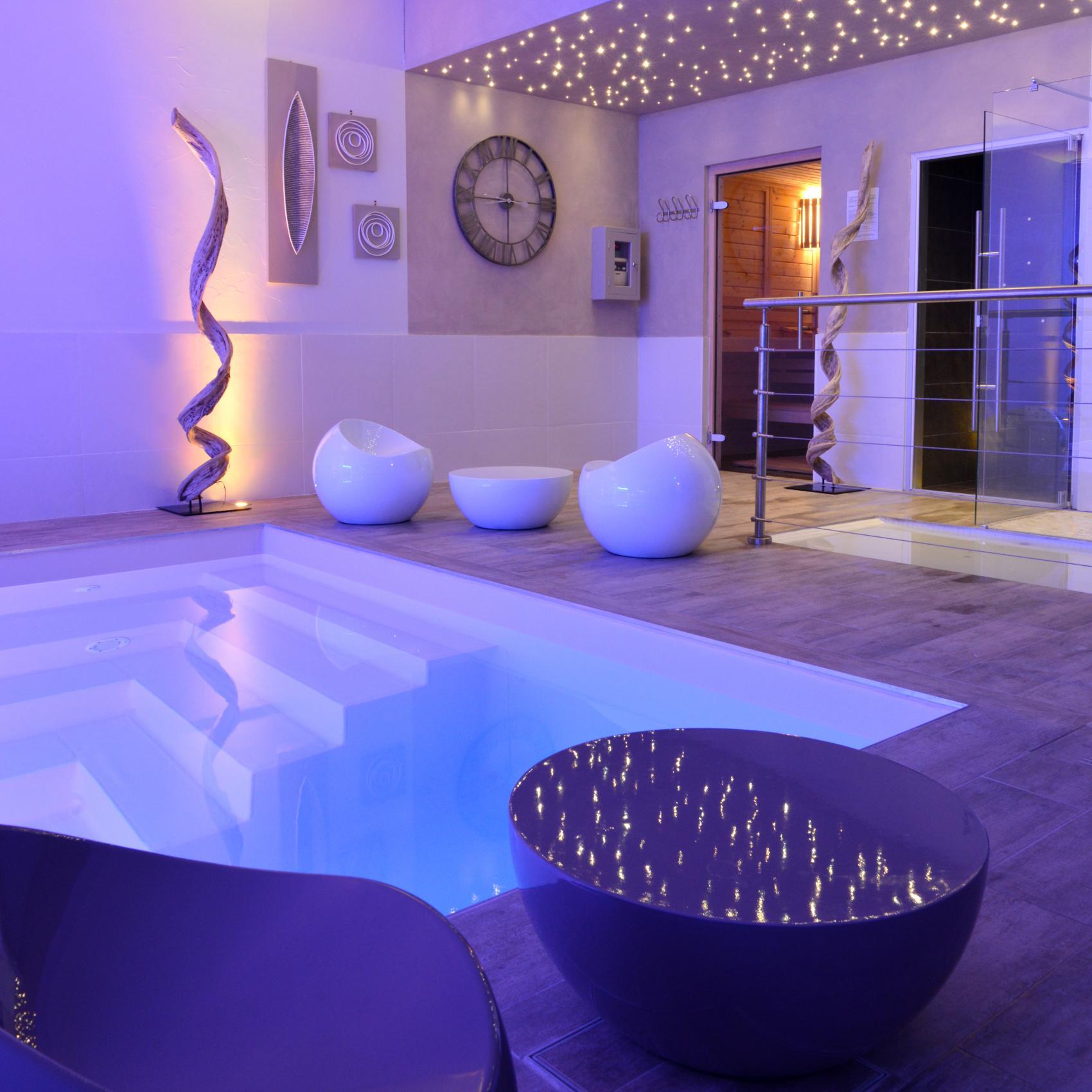 Meilleurs tarifs garantis grand h tel des bains et for Fouras hotel des bains